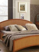 Кровати из ротанга