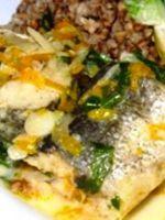 Рыба, тушенная в горшочке
