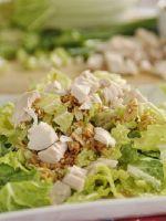 Салат с капустой и куриной грудкой