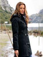 Женская демисезонная куртка с капюшоном