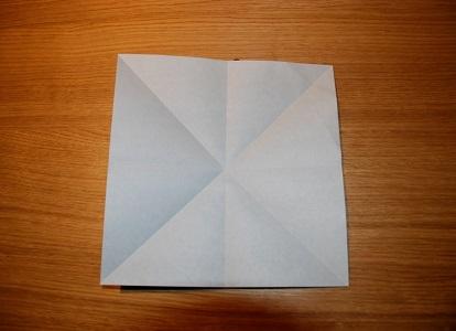 Как сделать лилию из бумаги 1