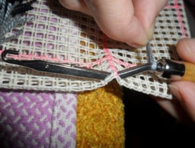 ковровая вышивка 17