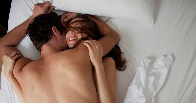 Позы в сексе миссионерская ноги вместе