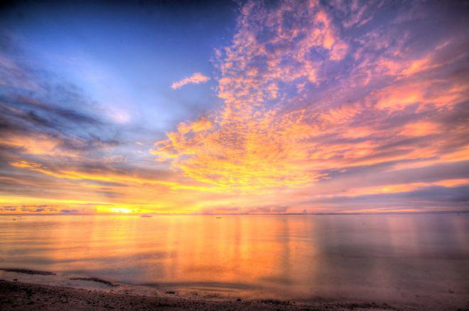 Прекрасное небо заполняет все вокруг