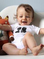 10 месяцев ребенку - развитие, что должен уметь?