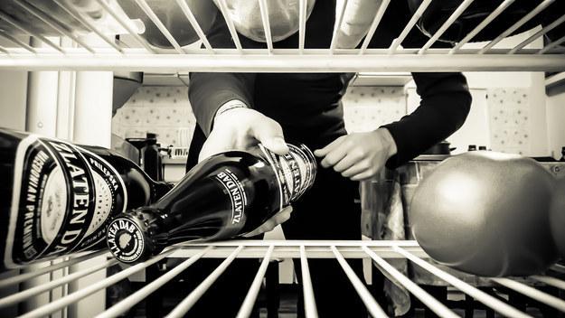 Устраните запах в холодильнике и морозилке