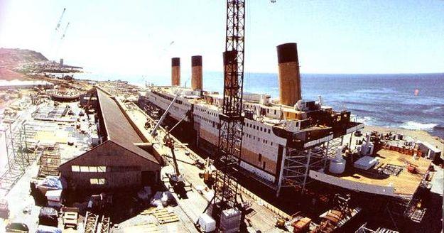 Макет корабля в натуральную величину