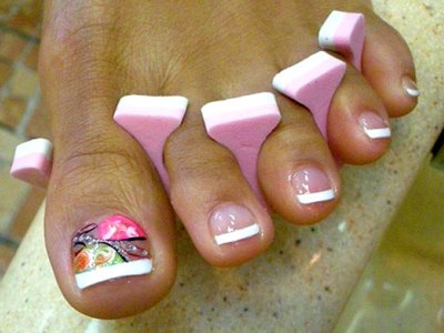 Где купить наклейки для дизайна ногтей