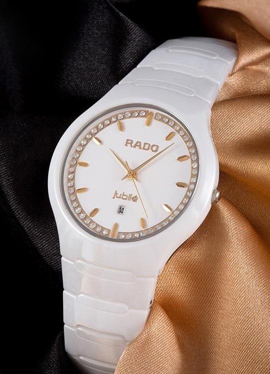 пару часов rado ceramica jubile женские нее был