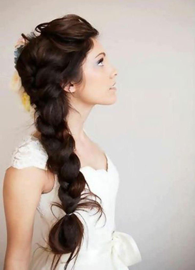 Прически с диадемами на длинные волосы 117