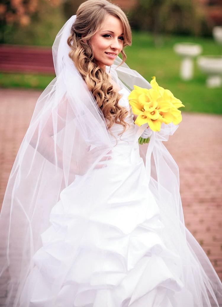 свадебные прически для длинных волос под фату
