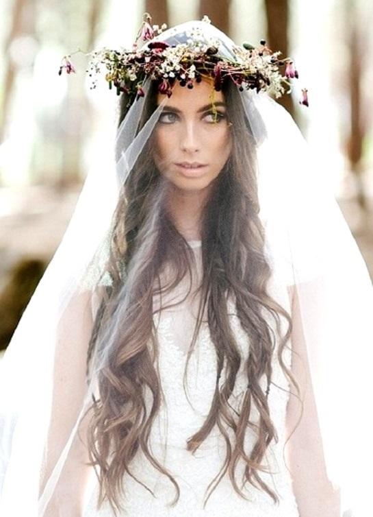 в моде ли сейчас свадебные прически с распущенными волосами