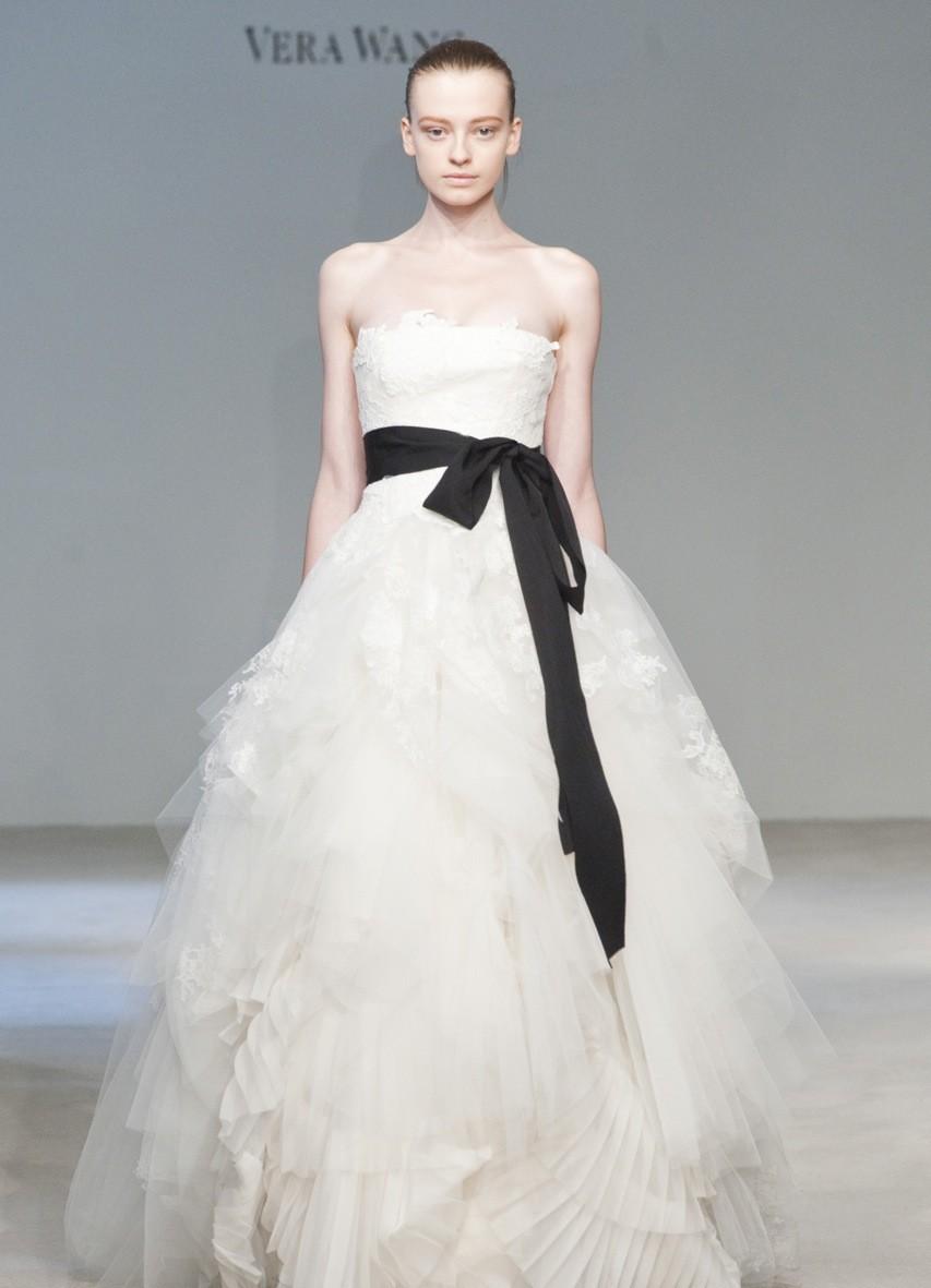 эксклюзивные свадебные платья 2015 6