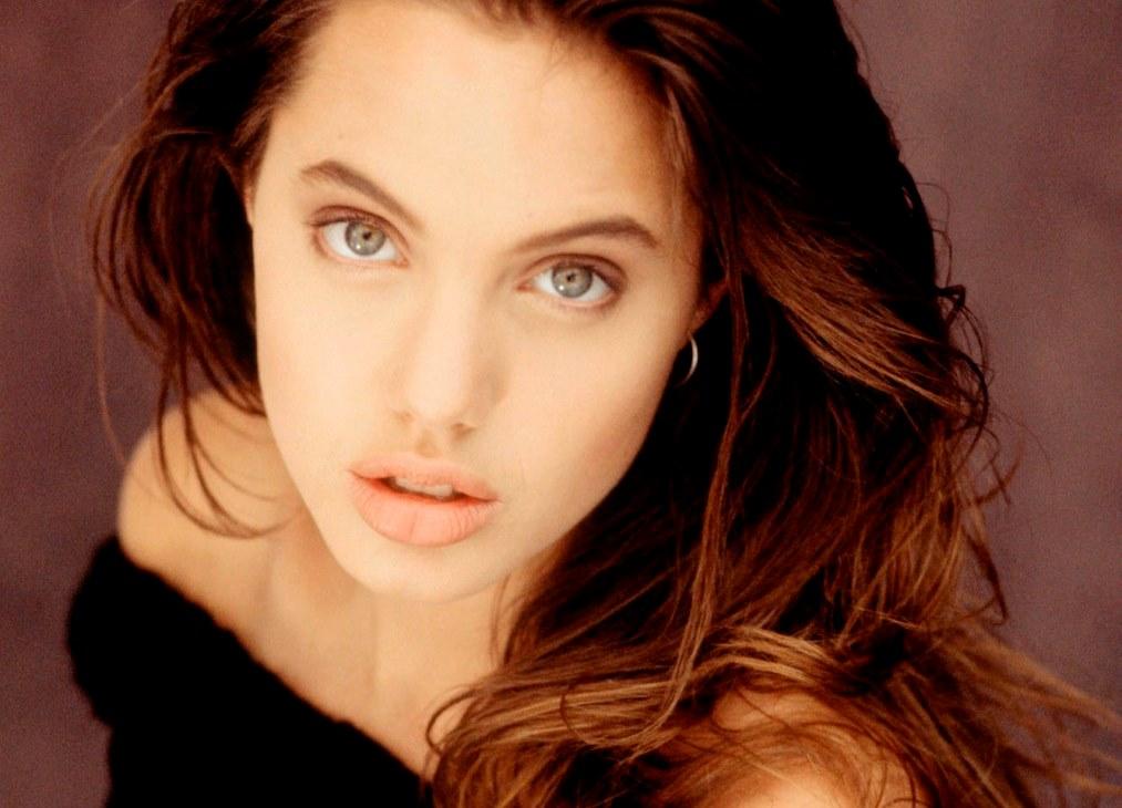 Анджелина Джоли в детстве анджелина джоли