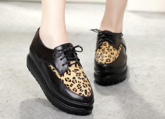 У данной обуви много плюсов. ботинки на платформе - это удобно, стопа в них чувствует себя комфортно и свободно
