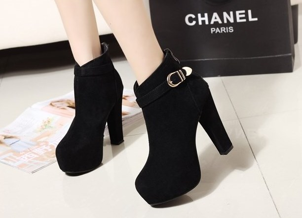 Оригинальное название: 2015 Autumn Boots Large Size 40 41 Korean Short Women's Single Shoes Tassel Botas Femininas