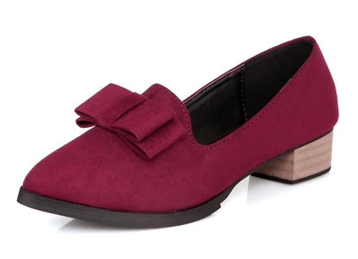 женские осенние туфли на низком