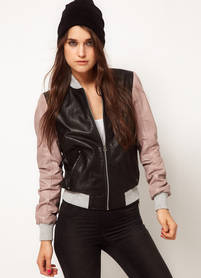 Какие кожаные куртки сейчас в моде фото