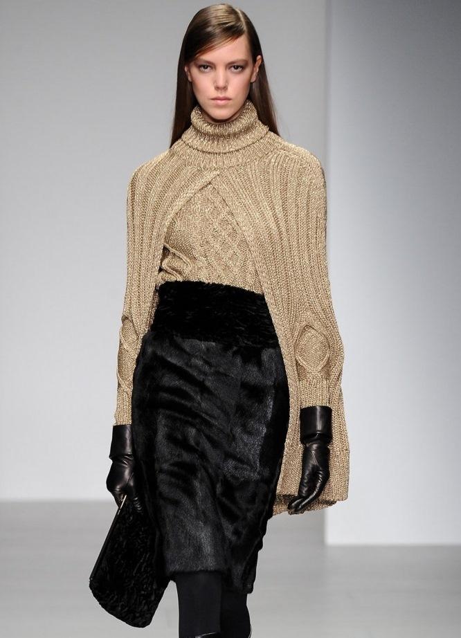 Модные вязаные кофты