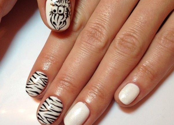 Зебра дизайн ногтей