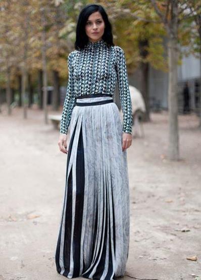 Что носить с длинной шерстяной юбкой