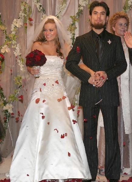 Simpson navarro wedding
