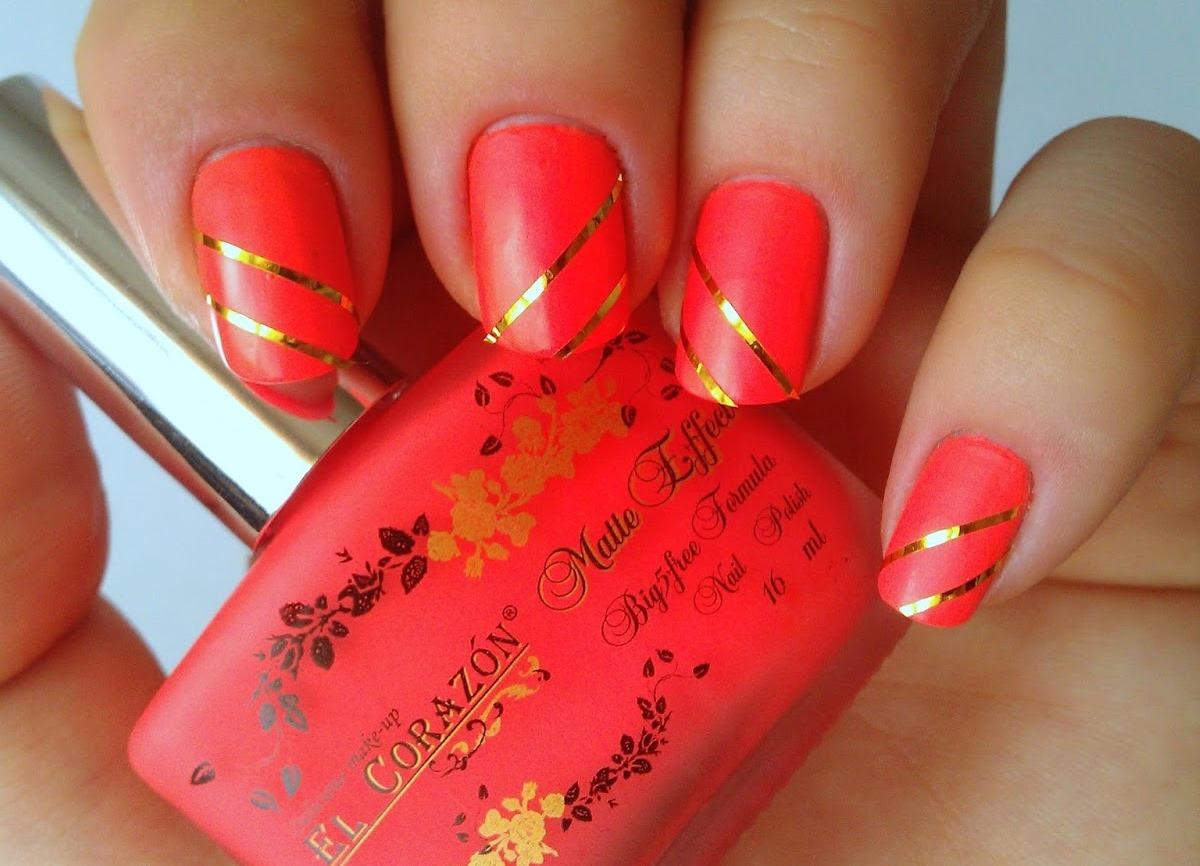 Дизайн ногтей под платье с цветами