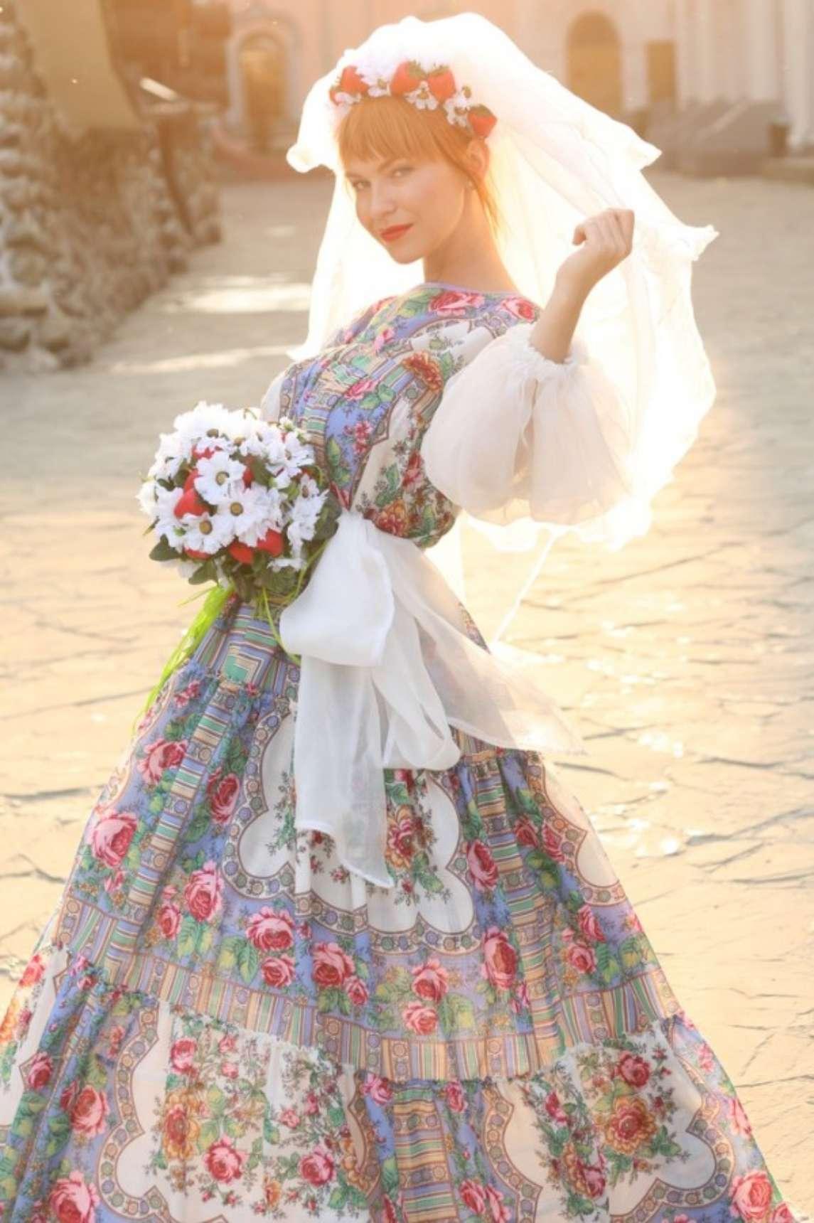 Фото платьев в народном стиле
