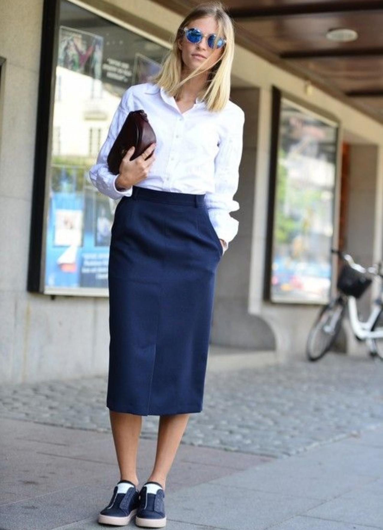 Слипоны женские и платья