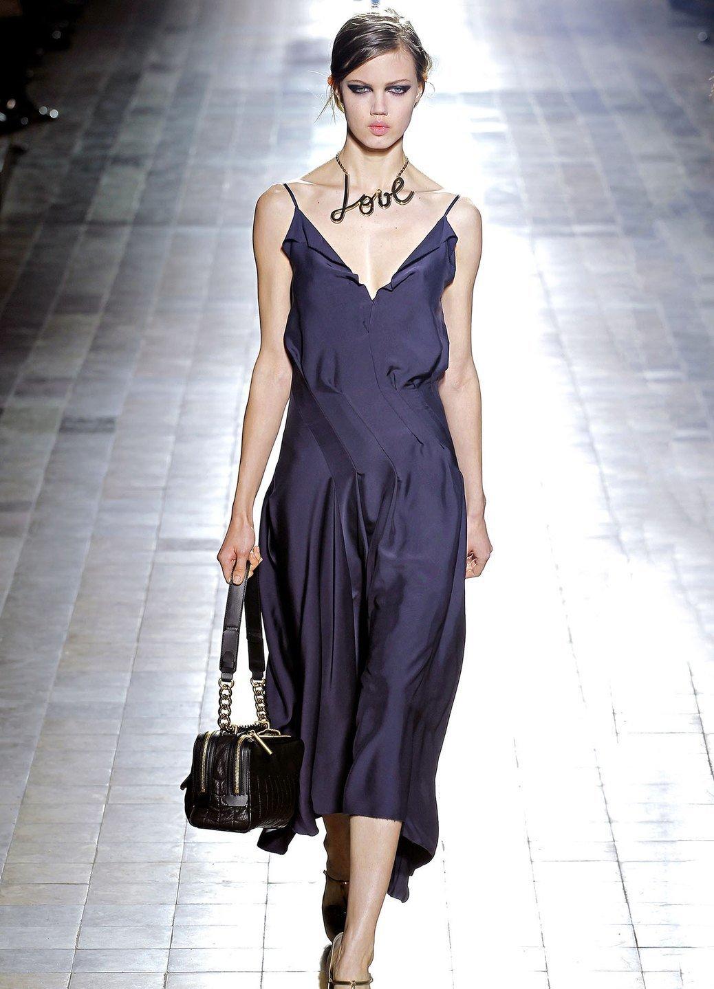 Сшить платье из шелка модели