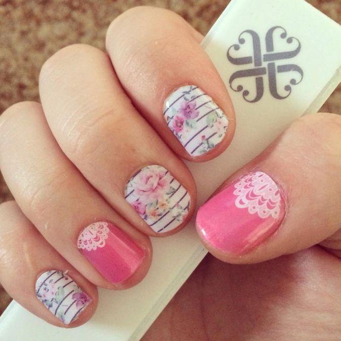 Украшение ногтей полосками