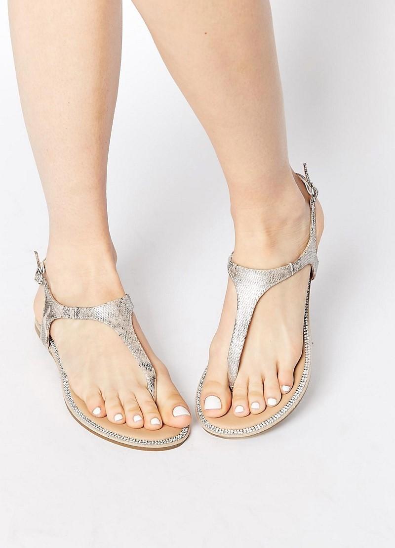 Обувь на проблемную ногу с косточкой - какую выбрать