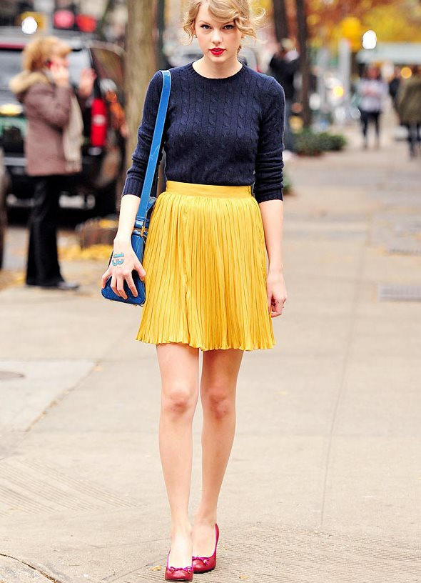 С чем носить шифоновую юбку плиссе