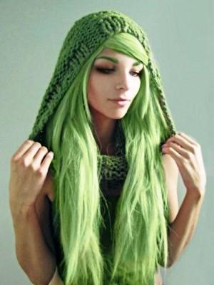 Чёрно зелёные волосы