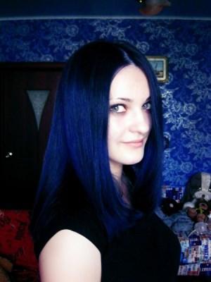 Волосы черно синие