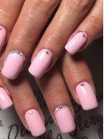 Нежно-розовый маникюр – лучшие идеи для красивого нейл-арта в розовых тонах