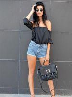 Высокие джинсовые шорты – подборка самых модных образов