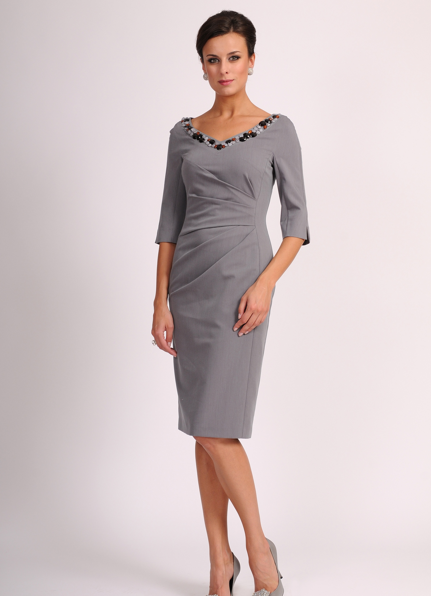 Элегантные платья для женщины 50 лет