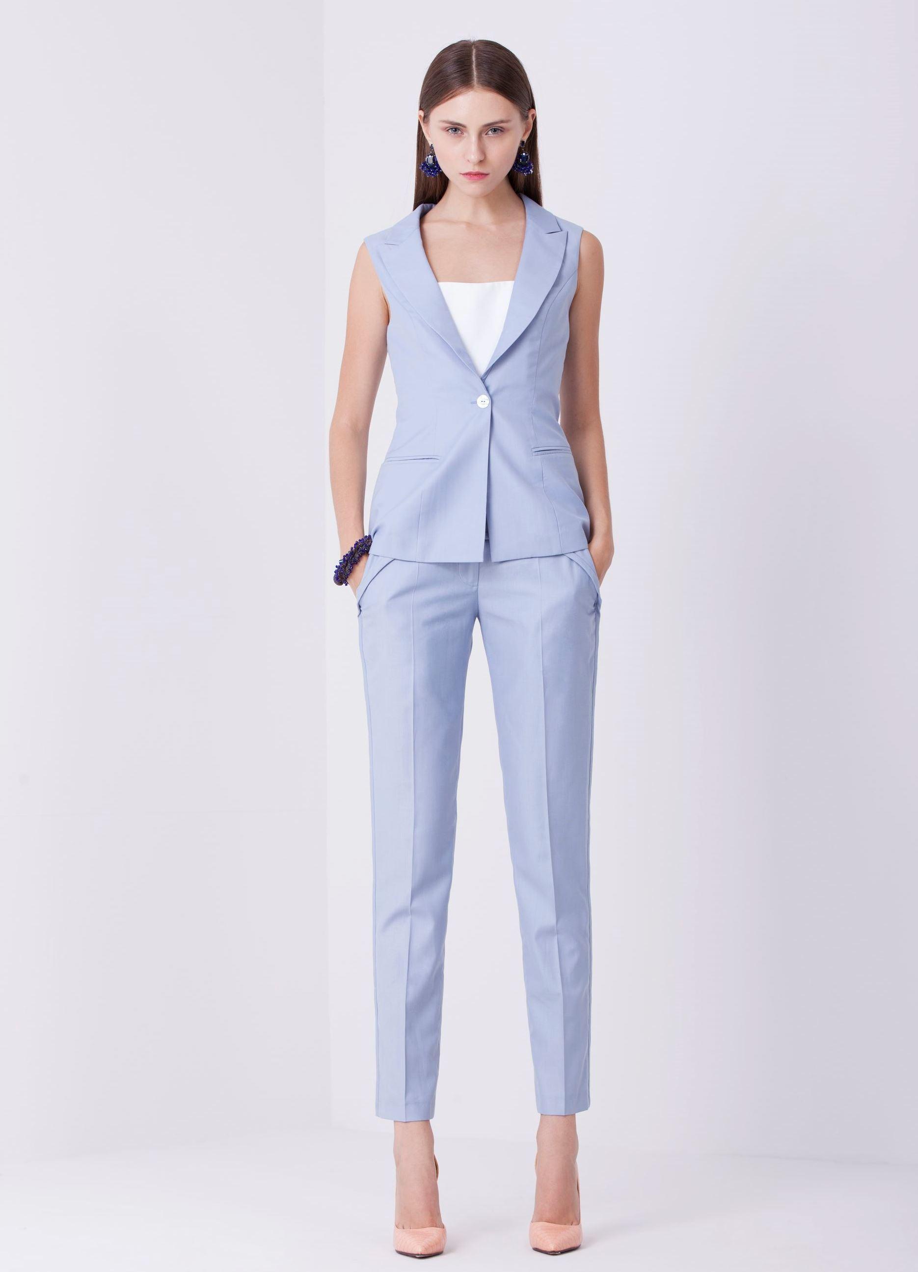Летние костюмы-2018 для женщин с брюками и юбками