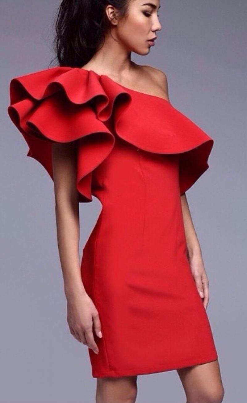 Длинные летние платья на одном плече
