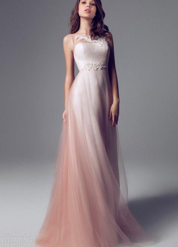 Платье персикового цвета на выпускной