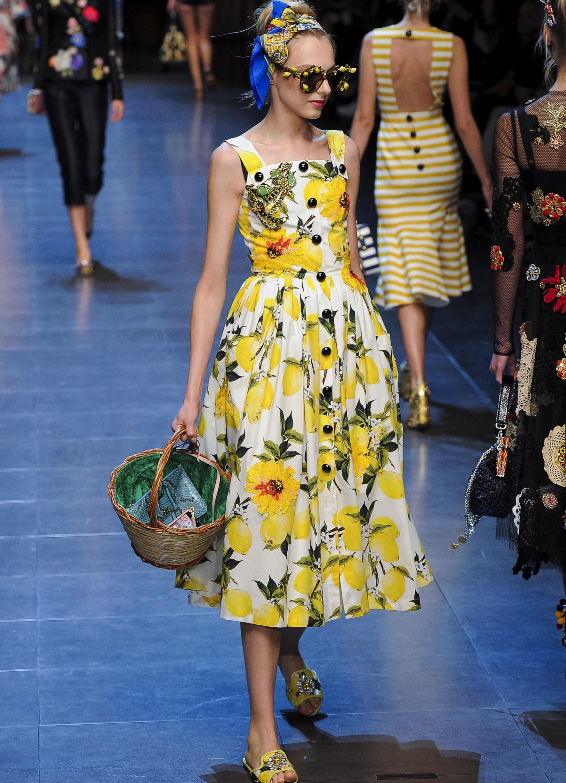 Купить платье дольче габбана с лимонами