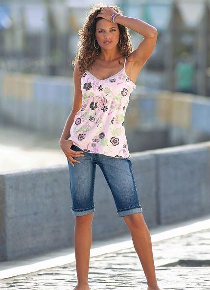 Длинные джинсовые шорты женские с чем носить