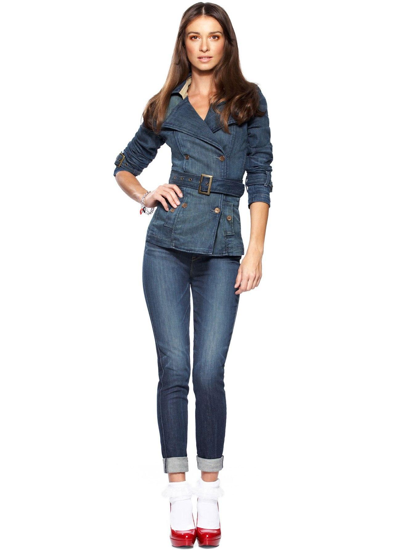 фото джинсовый костюм женский