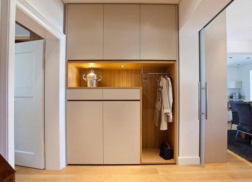Встроенный шкаф в коридор дизайн идеи
