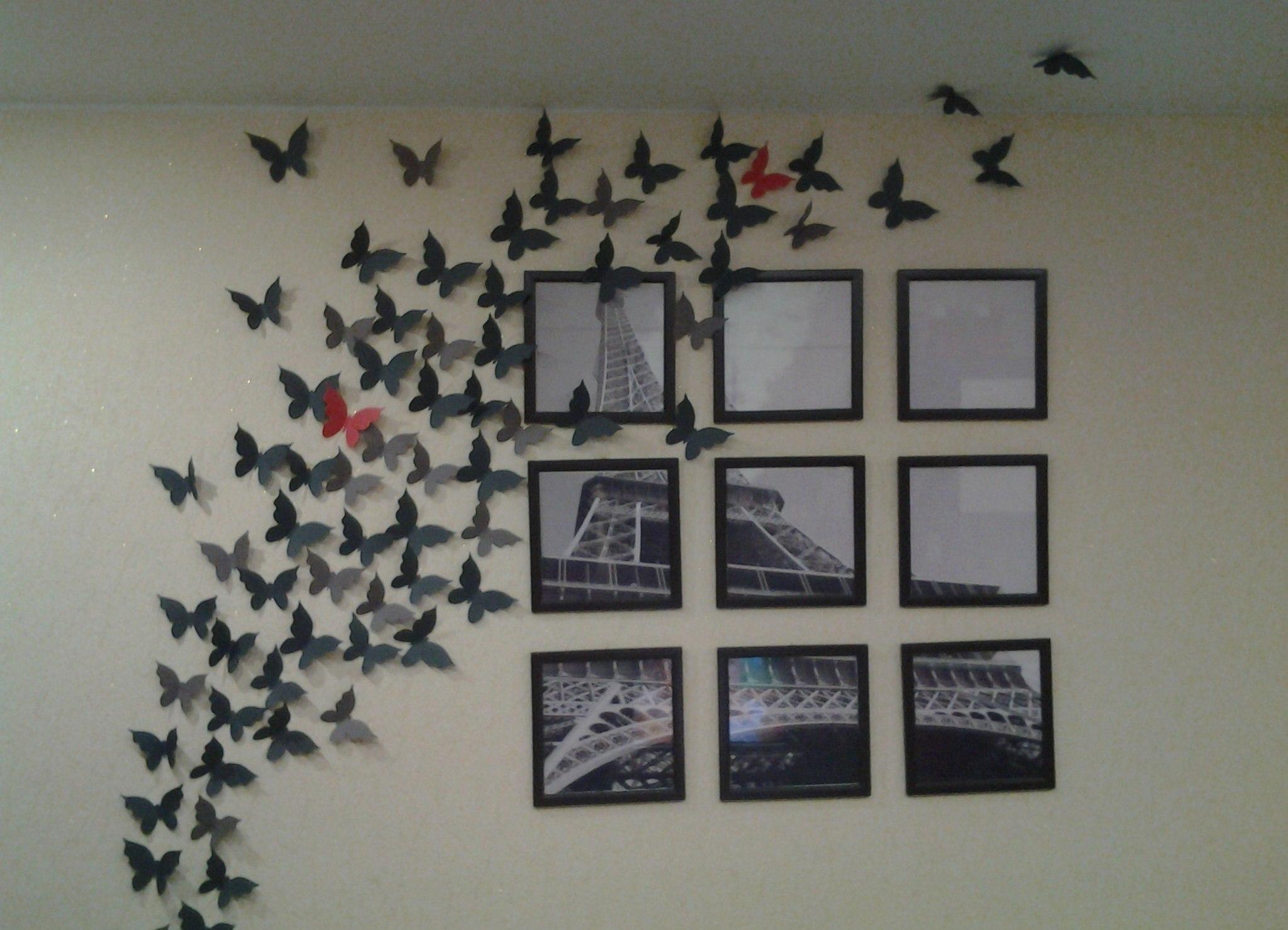 Бумажные бабочки на стене своими руками фото