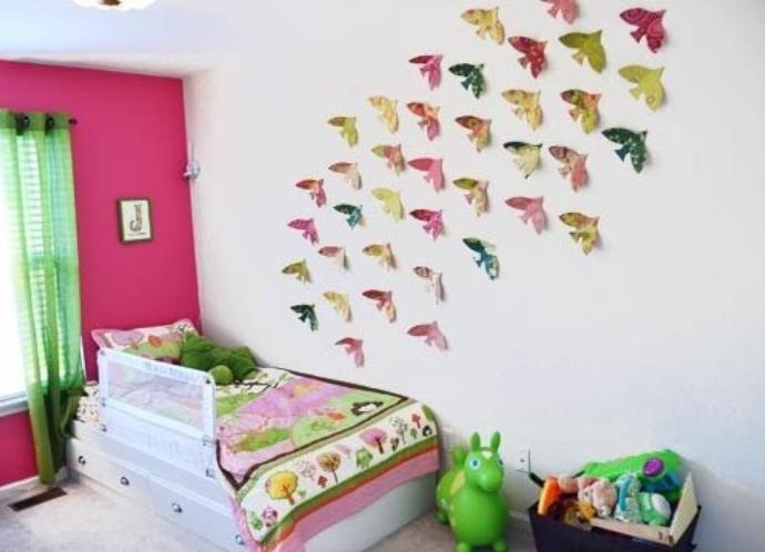 Чем и как украсить детскую комнату своими руками