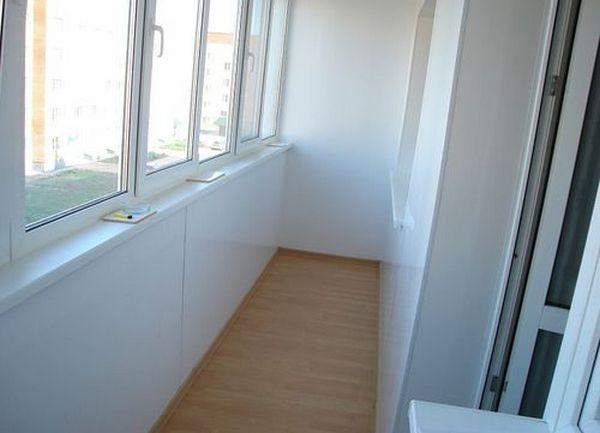 Отделка балкона в саратове, отделка лоджии в саратове, внутр.