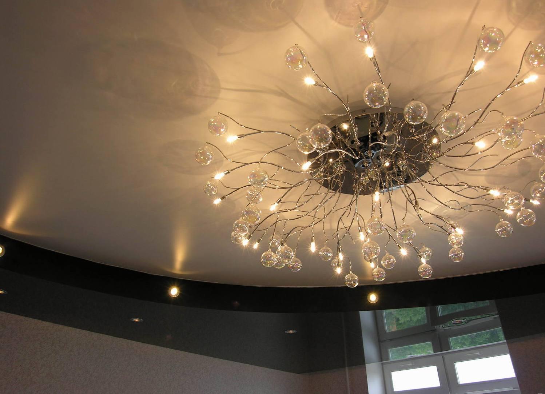 Как сделать новогодние украшения из лампочек 18