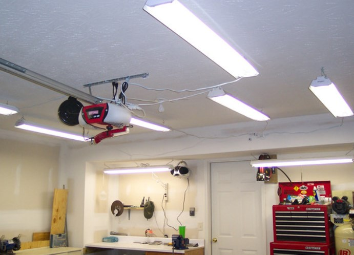 Светильник своими руками для гаража